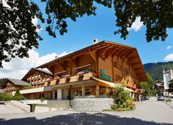 Hotel Gstaaderhof - Gstaad - Rakennus