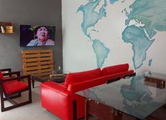 Belem Hostel - Belém - Wohnzimmer