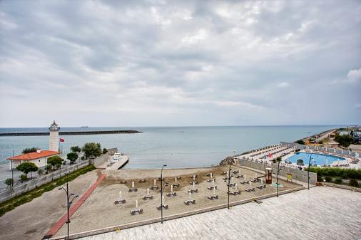 Sheraton Grand Samsun Hotel - Samsun - Strand