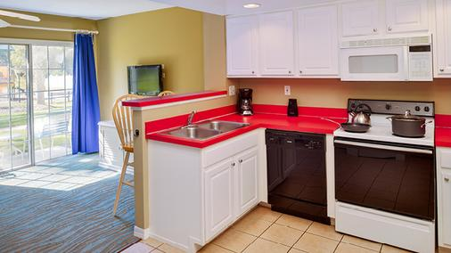Barefoot N Resort by Diamond Resorts - Kissimmee - Kitchen