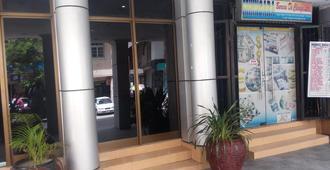 Durban Hotel - Dar es Salaam - Vista del exterior