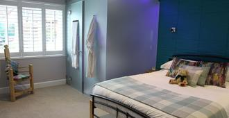 The Salty Monk - Sidmouth - Bedroom
