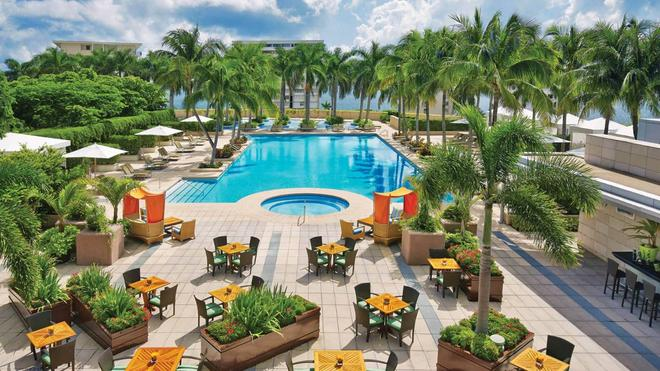 Four Seasons Hotel Miami - Miami - Pool