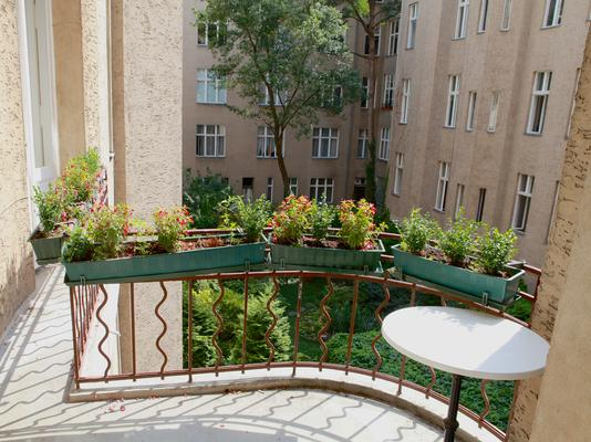 Hotel Pension Fasanenhaus - Berlin - Balcony