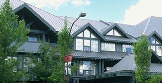Glacier Lodge Boutique Hotel - Whistler - Building