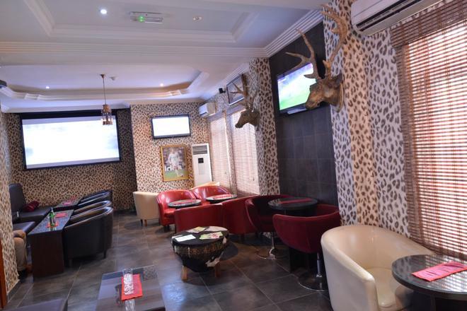 Palazzo Dumont Hotel - Lagos - Bar