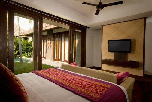 Mahagiri Villas Sanur - Denpasar - Bedroom