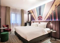 Hotel Hubert Grand-Place - Brussels - Bedroom