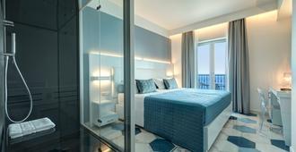 Lloyd's Baia Hotel - Vietri sul Mare - Bedroom