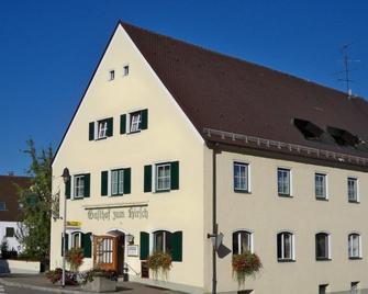 Hotel und Gasthof Zum Hirsch - Wertingen - Building