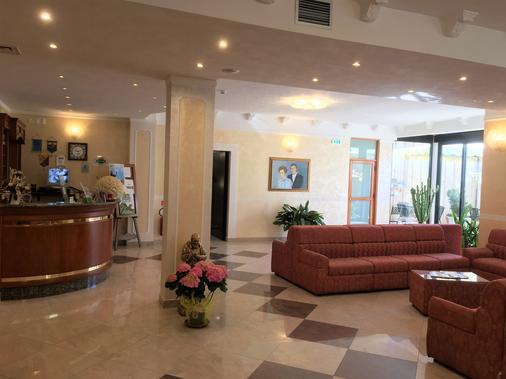 歐洲酒店 - 聖喬瓦尼洛唐多 - 聖喬瓦尼·羅通多 - 櫃檯