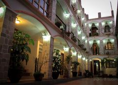 Villa de Tacvnga Hotel - Latacunga - Gebouw