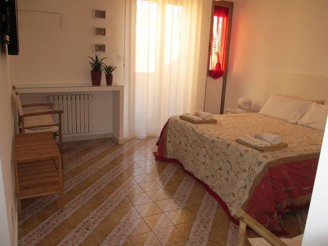Agorà b&b - Trani - Bedroom