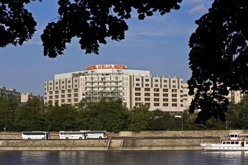 Danubius Hotel Helia - Budapest - Building