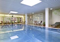 Danubius Hotel Flamenco - Budapest - Pool