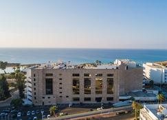 Adams Beach Hotel - Ayia Napa - Bygning
