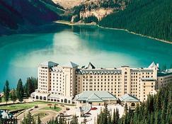 Fairmont Chateau Lake Louise - Lake Louise - Building