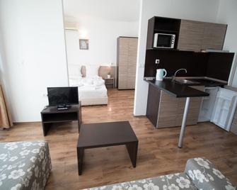 The Clara Hotel - Burgaz - Yatak Odası