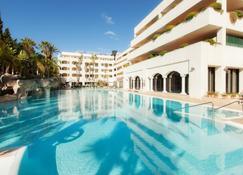 Guadalpin Suites - Marbella - Piscina