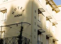 Brit Hôtel Acacias - Αρλ - Κτίριο