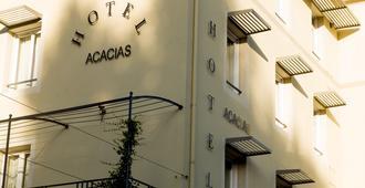 Brit Hôtel Acacias - Arles - Budynek
