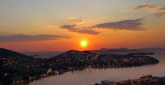 Hotel Adria - Dubrovnik - Outdoor view