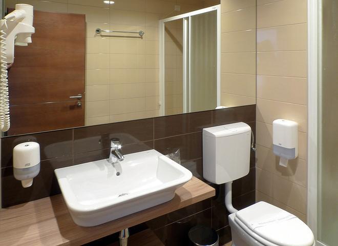 Hotel Adria - Dubrovnik - Bad