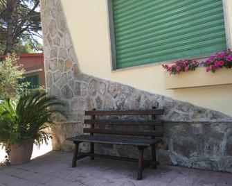 La Casa nella Pineta - Castel Volturno - Edificio