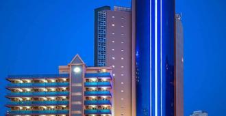 هوتل بينيدورم بلازا - بندورم - مبنى