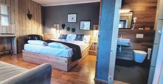 Hotel Almhof - San Candido - Camera da letto
