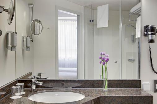 奧格斯堡城際酒店 - 奥格斯堡 - 奧格斯堡 - 浴室