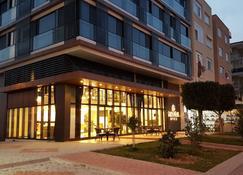 Özyigit Otel - Gazipaşa - Building