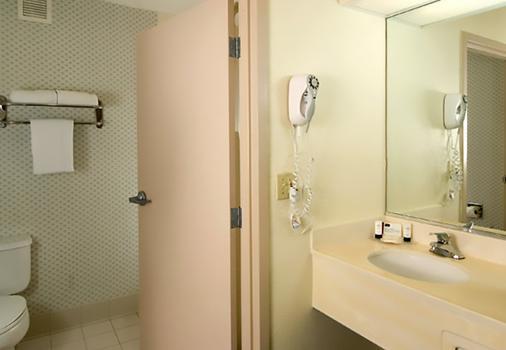 奧蘭多機場萬豪費爾菲爾德套房酒店 - 奥蘭多 - 奧蘭多 - 浴室