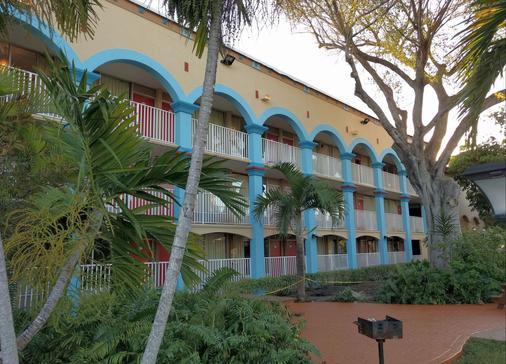 Red Carpet Inn Airport Fort Lauderdale - Fort Lauderdale - Edificio