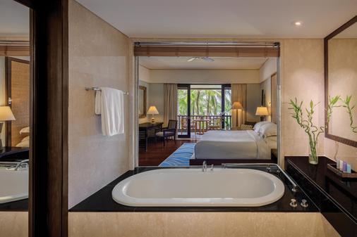 Conrad Bali - South Kuta - Bathroom