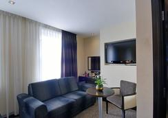 The Marble Arch Suites - London - Living room