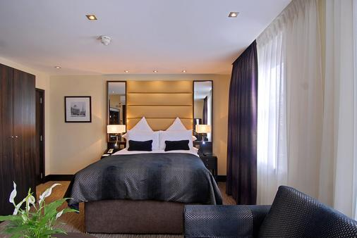 The Marble Arch Suites - London - Bedroom