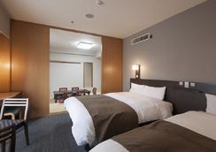 Dormy Inn Shinsaibashi Hot Spring - Осака - Спальня
