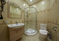Avenue Hotel - Saint Petersburg - Bathroom