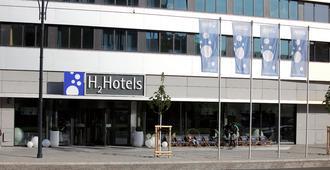 H2 Hotel Berlin Alexanderplatz - Berlino - Edificio