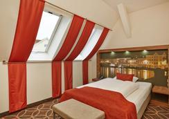 特雷弗呂貝克城市中心酒店 - 呂貝克 - 呂貝克 - 臥室