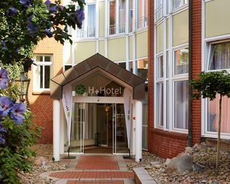 H+ Hotel Stade Herzog Widukind - Stade - Building