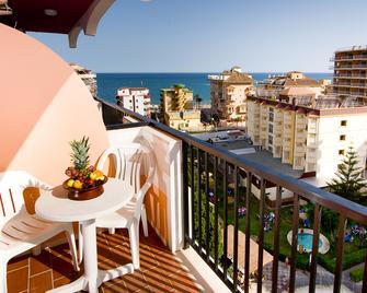 Hotel Monarque Fuengirola Park - Fuengirola - Balcony
