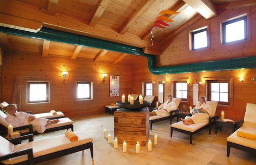 Romantikhotel Böglerhof - Alpbach - Living room