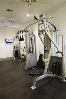 Melrose Mansion - New Orleans - Gym