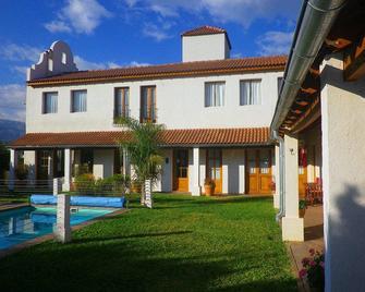 Posada La Candela - Villa de Merlo - Edificio