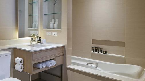 Shama Lakeview Asoke Bangkok - Bangkok - Bathroom