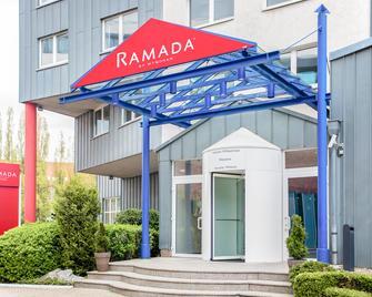 Ramada by Wyndham Bottrop - Bottrop - Gebouw