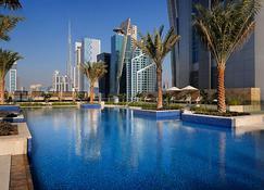 迪拜馬奎斯 JW 萬豪酒店 - 杜拜 - 游泳池