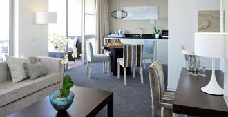 Lagoon Beach Apartments - Cape Town - Living room
